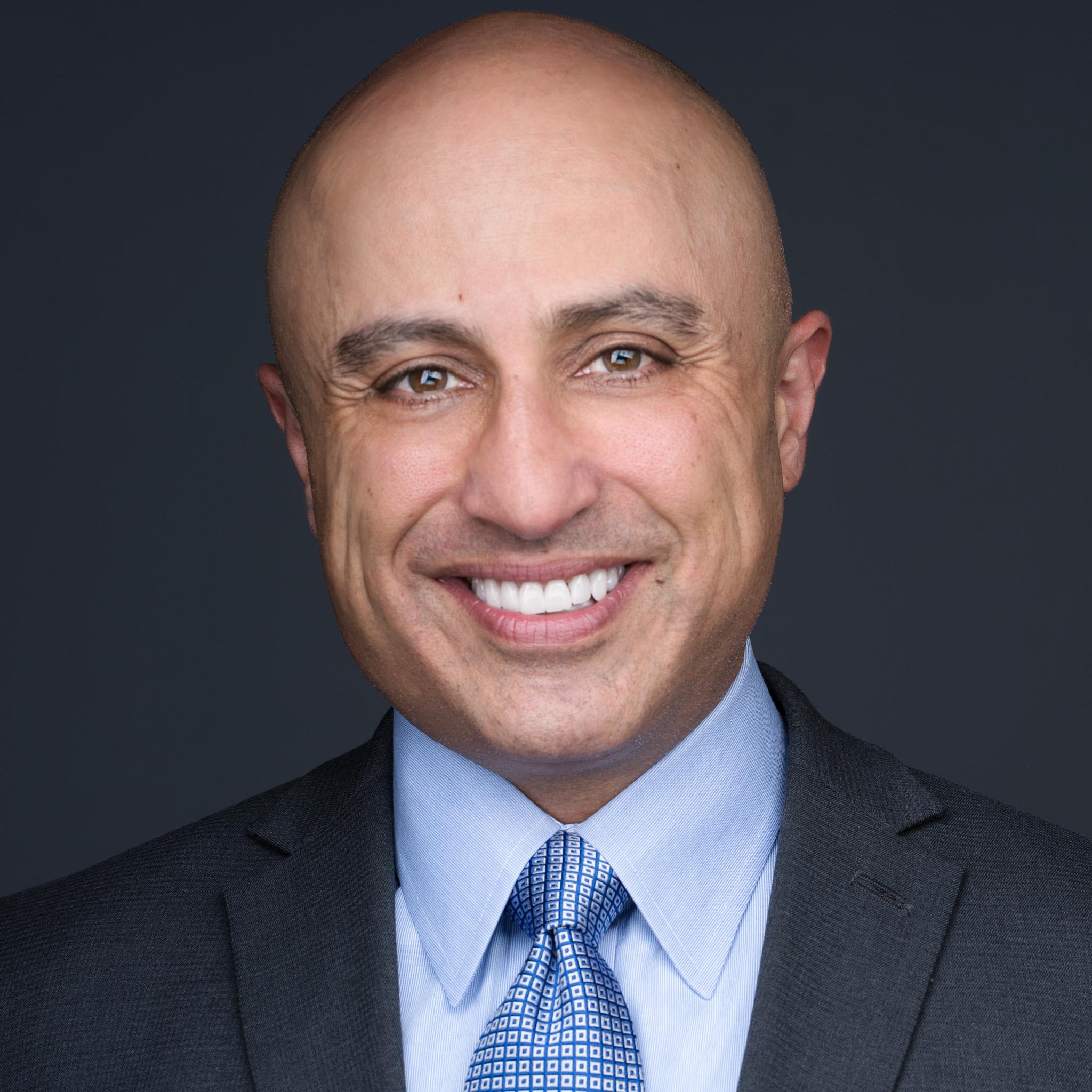 Headshot of Mahan Tavakoli